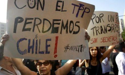 """Parlamentarios y organizaciones por TPP: """"El Estado solo tiene afán empresarial"""""""