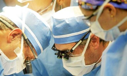 Estudio indica que el 70% de los médicos del país ejercen en la zona central