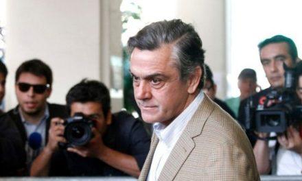 SQM: Justicia decreta arraigo nacional y firma quincenal para Longueira