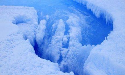 El misterioso cráter que pone en riesgo el hielo de la Antártida