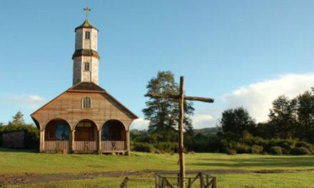 Chilotes demandan políticas integrales de restauración de iglesias