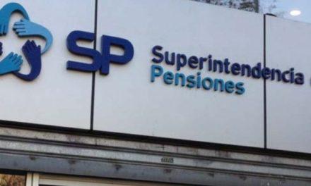 Economista cuestiona informe de la Superintendencia de Pensiones