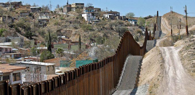 Donald Trump autoriza construcción del muro en frontera con México