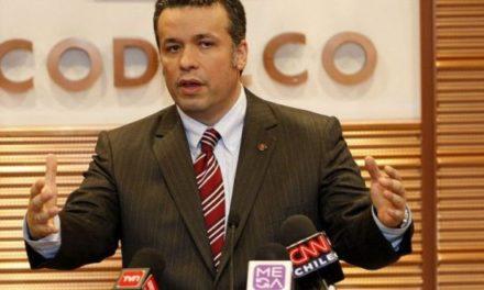 Presidente del directorio de Codelco sufre atentado explosivo en su hogar