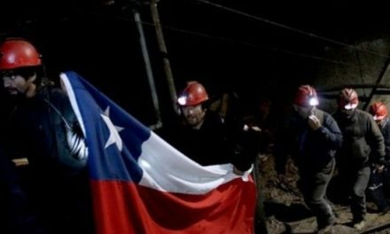Incendios obligan a suspender diálogo entre el gobierno y los mineros de Curanilahue