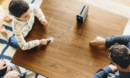 Un nuevo proyector convierte cualquier superficie en una pantalla táctil