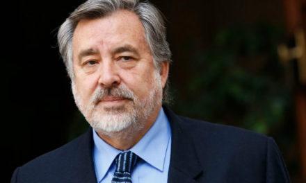 Alejandro Guillier vuelve a pedir primarias en la Nueva Mayoría