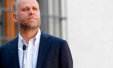 Álvaro Elizalde se impone en elecciones internas del PS