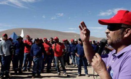Huelga en Escondida: Empresa amenaza con cierre temporal de la mina