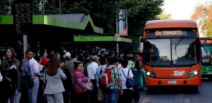 Récord de evasión en el Transantiago amenaza alza de subsidios