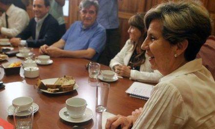 PS rechaza consulta ciudadana y candidato presidencial se definirá entre cuatro paredes