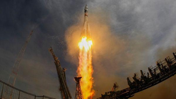 Un cosmonauta ruso y un astronauta estadounidense llegaron a la Estación Espacial Internacional