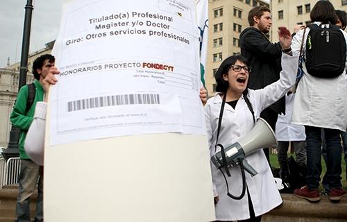 Investigadores y científicos convocan a marcha ante grave crisis del sector