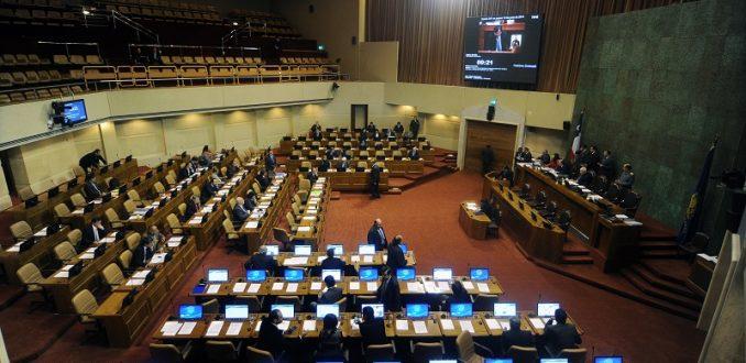 Diputados rechazan artículo que los inhabilita para ser candidatos a intendentes