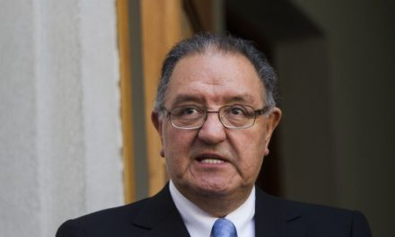 """Huenchumilla: """"El Estado plurinacional no es un invento de los mapuches"""""""