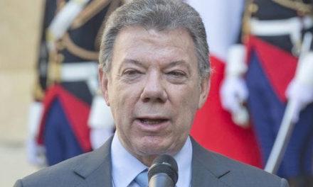"""Juan Manuel Santos: """"Hoy las FARC dejan de existir"""""""
