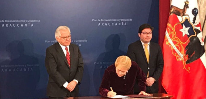 Bachelet pide perdón al pueblo mapuche en presentación de Plan Araucanía