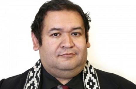 Salvador Millaleo: Las medidas del Plan Araucanía no son coherentes con el perdón