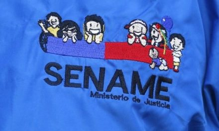 """Trabajadores Sename: """"Basta de cálculos políticos y mezquinos, como estamos no podemos seguir"""""""