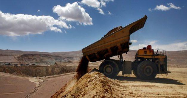 Minera Collahuasi despide a más de cien trabajadores