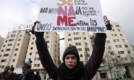 """""""Ya no están solos"""": La movilización que clamó por los niños del Sename"""