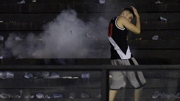 Murió un hincha en medio de los graves incidentes tras el clásico entre Vasco da Gama y Flamengo