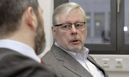 Víctimas de Colonia Dignidad alertan sobre posible fuga de Hartmut Hopp de Alemania