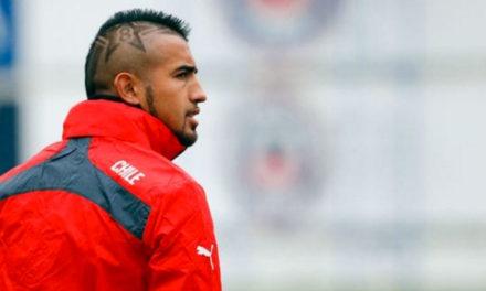 Arturo Vidal volvió a amenazar con su retiro
