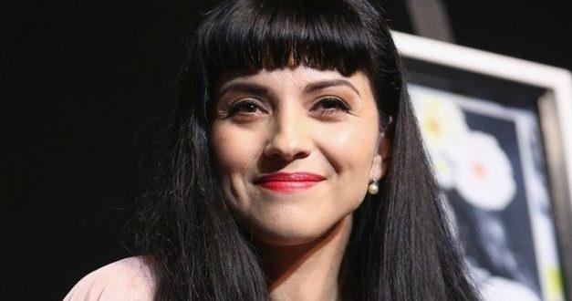 Mon Laferte obtiene 5 nominaciones en los Grammy Latinos 2017