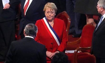 Fuertes críticas a Presidenta Michelle Bachelet marcan Te Deum Evangélico