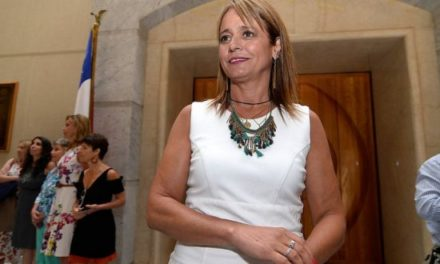 UDI quita respaldo a Loreto Letelier aunque no retirará su candidatura
