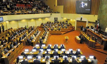 """Experta por mujeres en política: """"En el Parlamento estamos igual a los países árabes"""""""