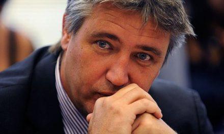 Aprueban desafuero de senador Fulvio Rossi por caso SQM