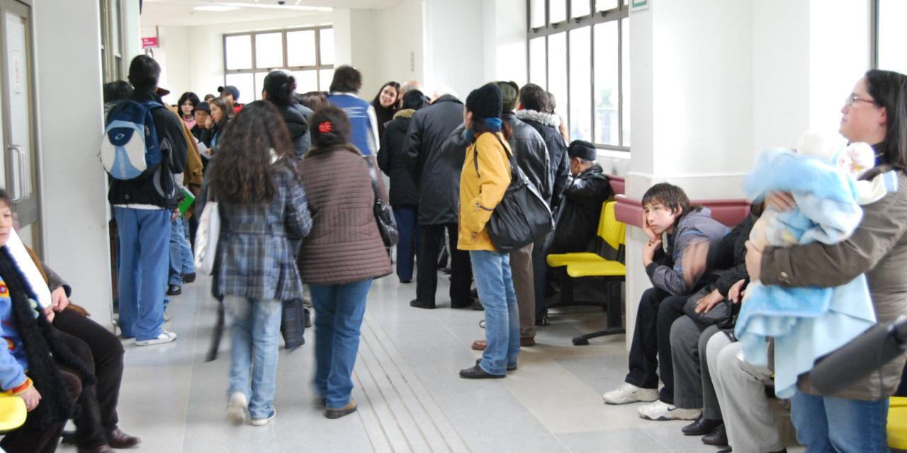 Diputado PS cuestiona al Gobierno por crisis en listas de espera