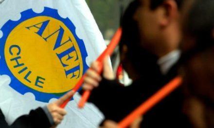 Crece tensión entre trabajadores del sector público y Ministro de Hacienda