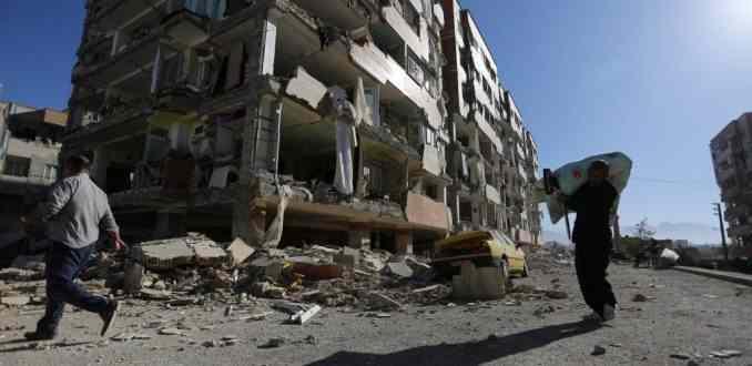 Terremoto en Irán e Irak deja más de 330 muertos