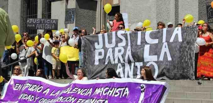 """Fundación Antonia: """"Es un mito que la violencia solo exista en la adultez"""""""
