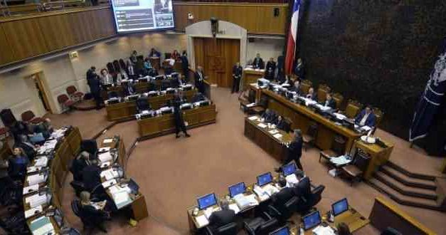 Sin votos de la oposición, Senado aprueba recursos para TVN y canal cultural