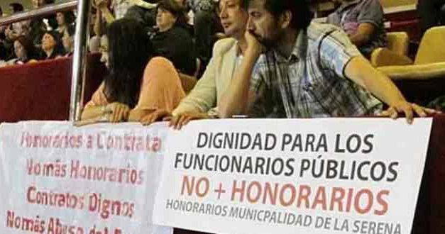 El mito en torno a los funcionarios públicos: La mitad gana entre 400 y 500 mil pesos