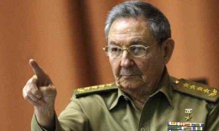 """La Asamblea cubana postergó la salida de Raúl Castro del poder para abril de 2018 """"por el huracán Irma"""""""