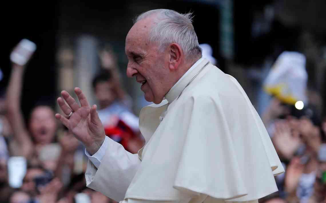 """Álvaro Ramis: """"El Papa no quiere ver cuestionada su autoridad"""""""