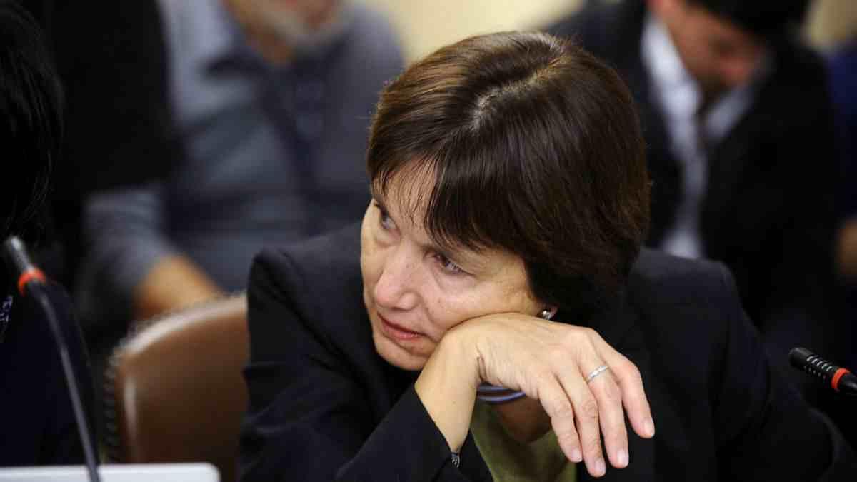 Ministra de Salud será citada a la Cámara por muerte de lactantes en Clínica Alemana