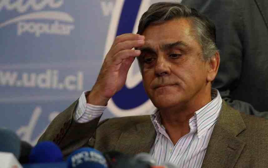 """Longueira exige a Gómez """"hacerse cargo"""" del juicio oral en su contra"""