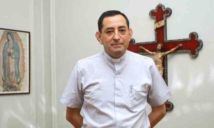 Fiscalía detiene a ex canciller del Arzobispado de Santiago por casos de abuso sexual