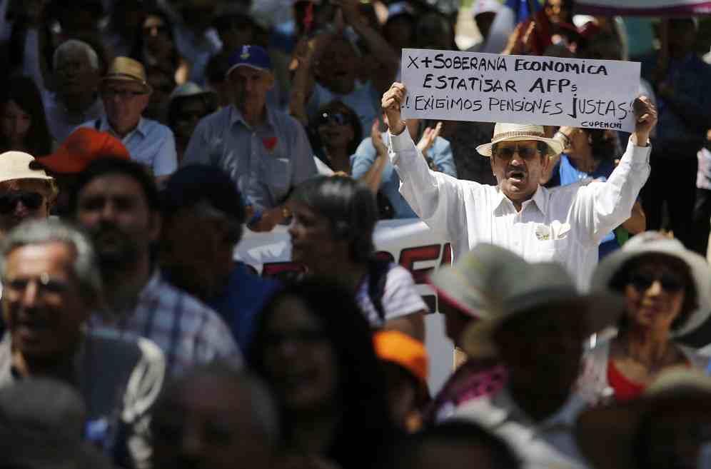 Guerra comercial global golpea fondos previsionales de chilenos