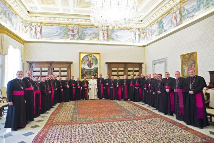 Fiscalía allana sede de Conferencia Episcopal