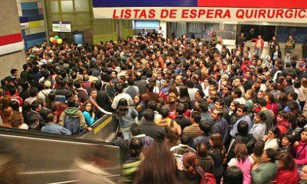 Gobierno promete no más personas en lista de espera por más de dos años