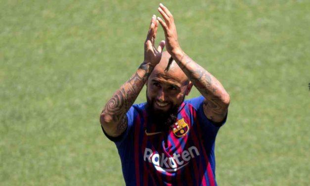 """Arturo Vidal, """"en condiciones"""" de debutar con el Barcelona"""