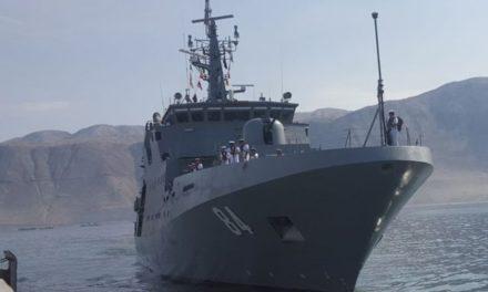 Armada captura a una lancha peruana pescando de manera ilegal