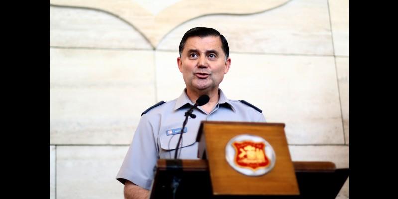 Comandante en Jefe del Ejército pide perdón por imprudencia en sus declaraciones